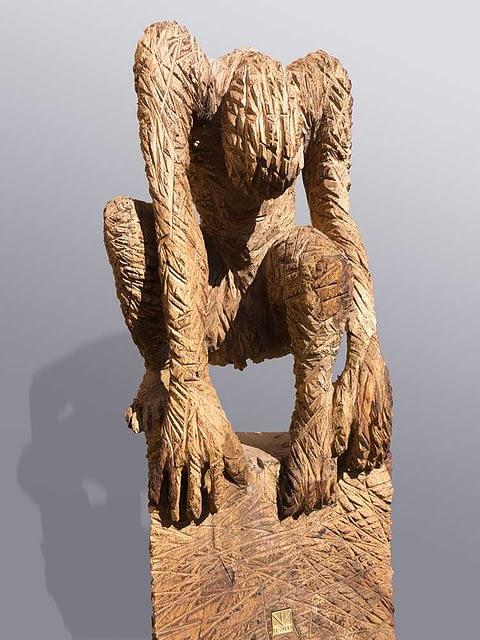 Skulptur aus Holz