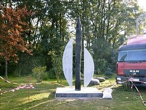 Fertigstellung der Holzskulptur in Schönebeck