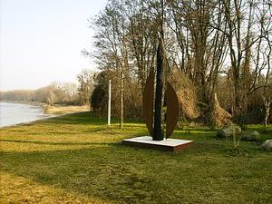 Pfahlgründungsskulptur