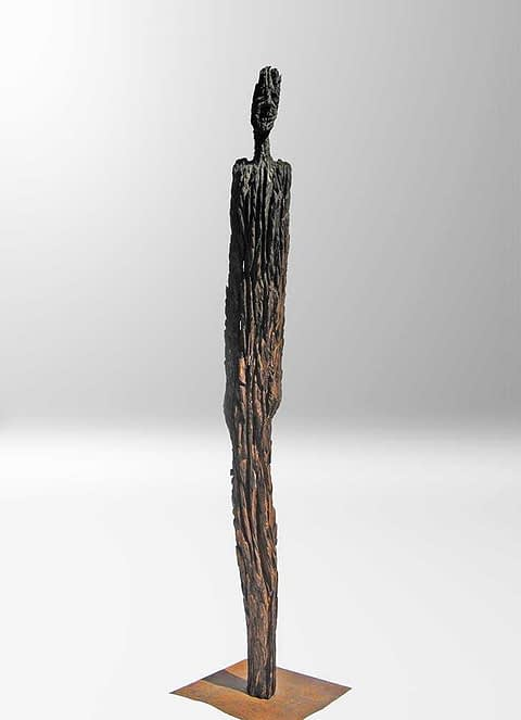 Holzskulptur aus 400 Jahre altem Eichenholz