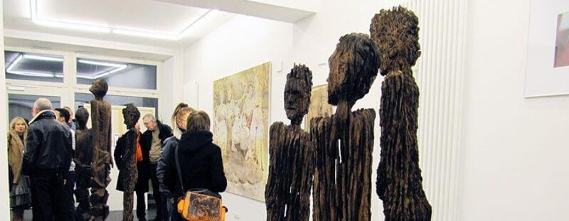 Kunst aus historischem Eichenholz