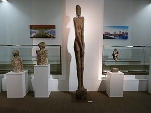 Holzskulptur Ausstellung EON/Avacon Lüneburg