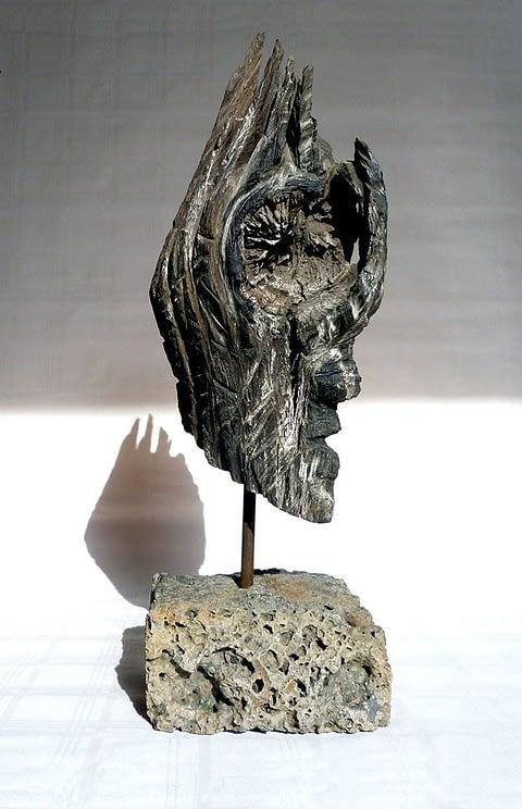Mooreiche Artefakt Wächterskulptur